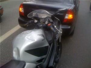 (Чёрный юмор) Главное в мотоцикле - железные яйца